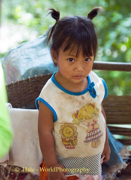Lahu Girl Along Road to Pai