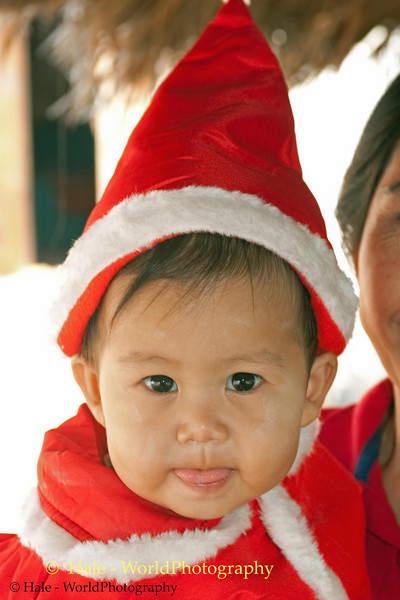 Santa Peelawat