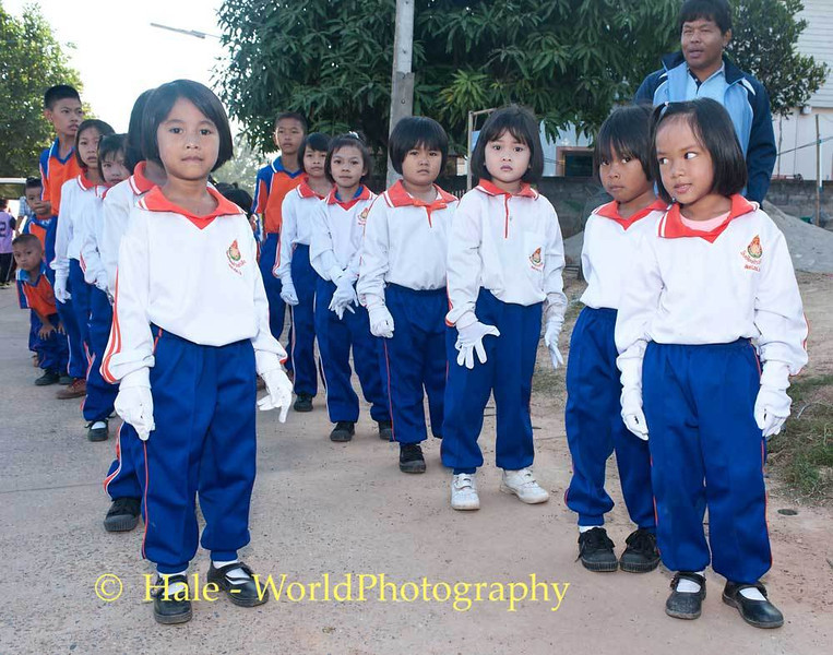 Young Tahsang Village School Students Prepared to March
