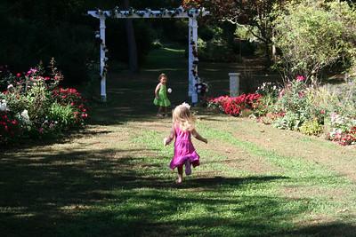 Ryan and Rylee Garden 10-21-07