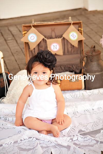 Sophia First Birthday Session