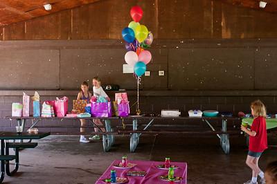 100523-Taylor Birthday-0126