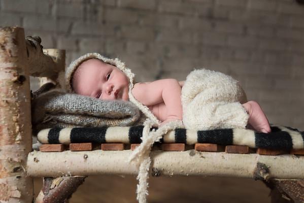 Theo newborn