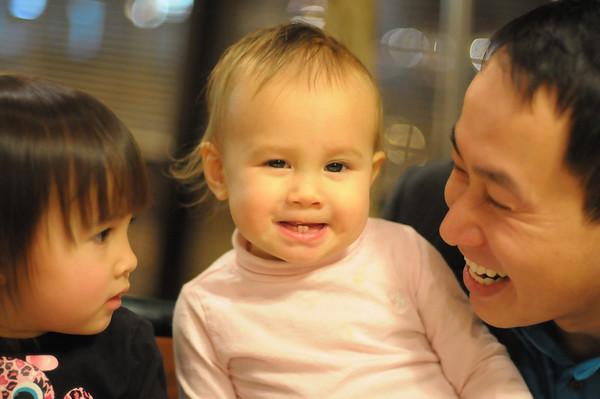 tony & girls | december 2010