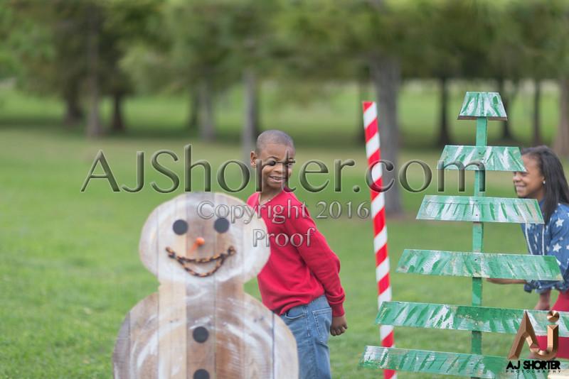 Tori Deuce Christmas_250