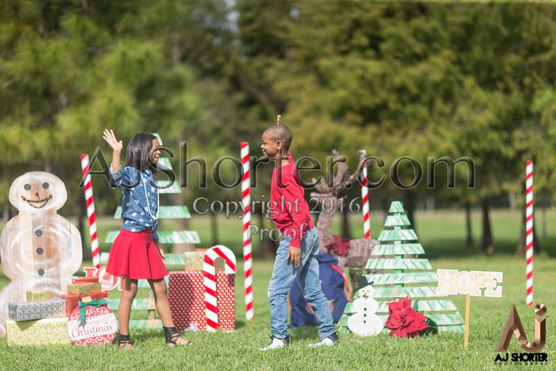 Tori Deuce Christmas_118