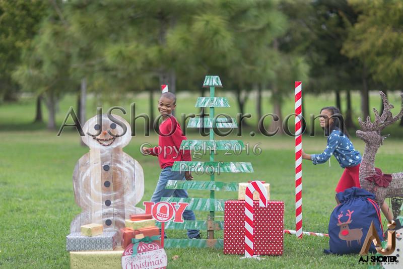 Tori Deuce Christmas_236