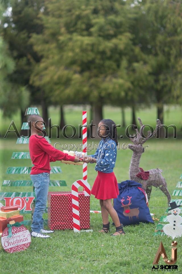 Tori Deuce Christmas_225