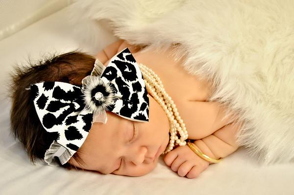 Trislan Moss- Newborn