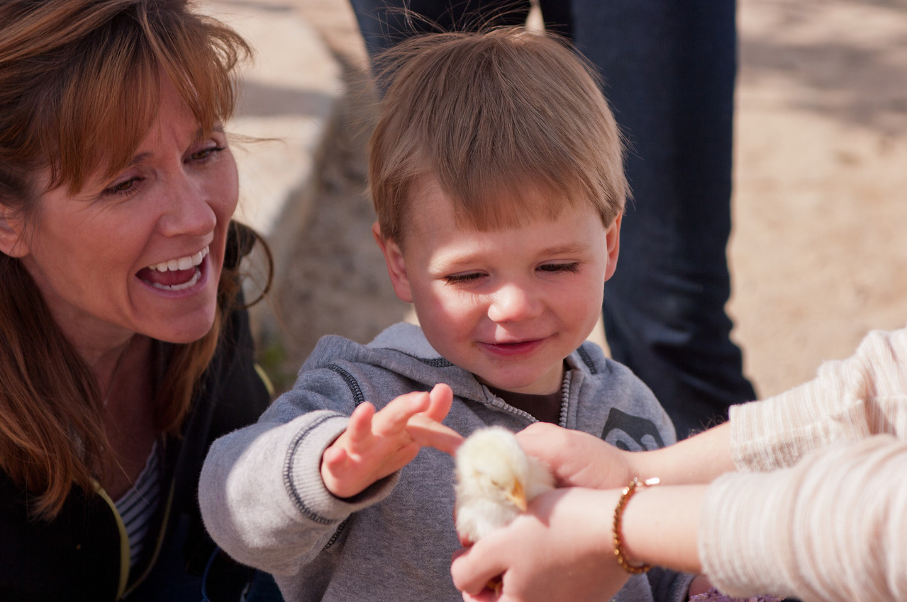 """Staci Thomas and her son Eric, at the University City Children's Center """"Eggstravaganza"""""""