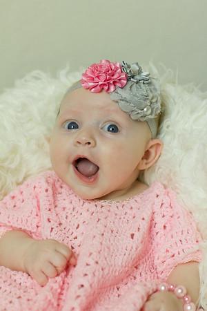 Zoey 3 months 8 23 14