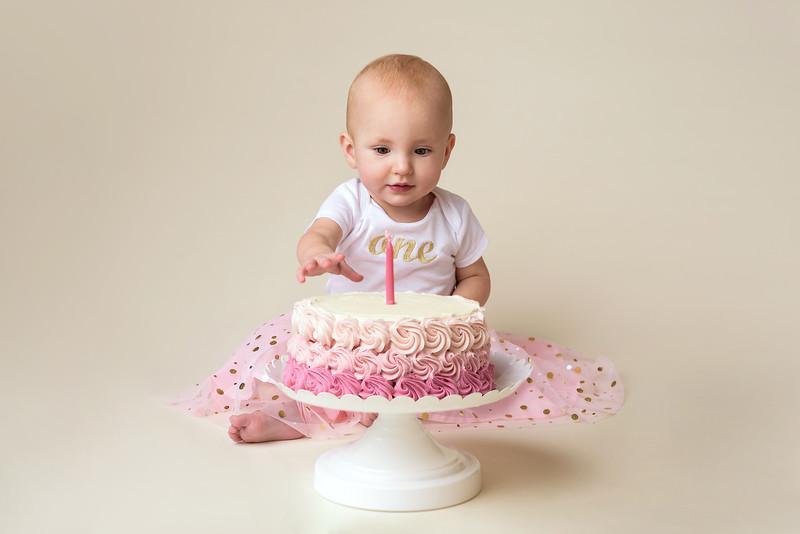 Cincinnati Children Photographer Smash Cake