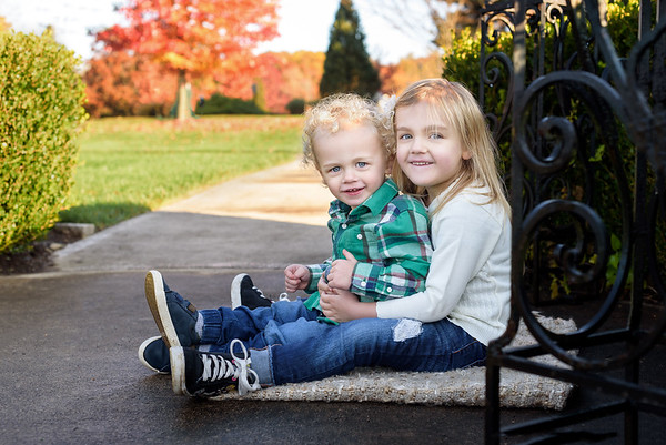 Cincinnati Family Photographer Sibling Photo