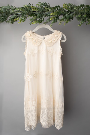 Cream Lace Pearl Dress (size 4t) FRONT
