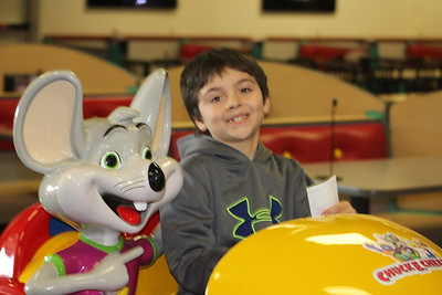 Chuck E Cheese - End of the Year Party - 12-31-2017