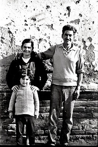 Santiago, Chile, 1967, family around the corner