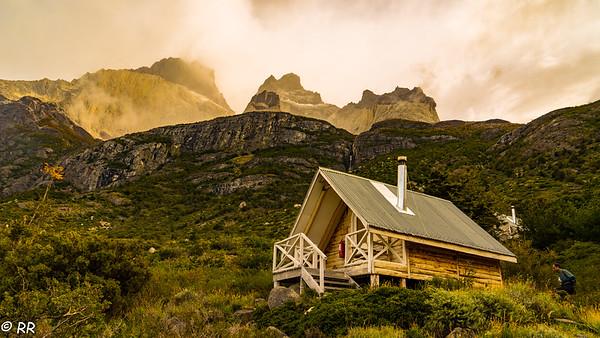 Cuernos Cabins