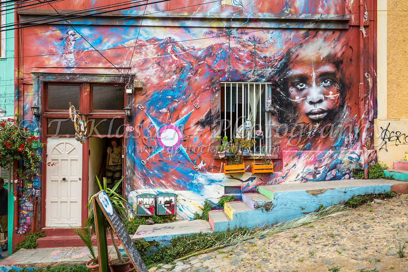 Colorful street art and graffiti on the buildings of Valparaiso, Chile, South America.