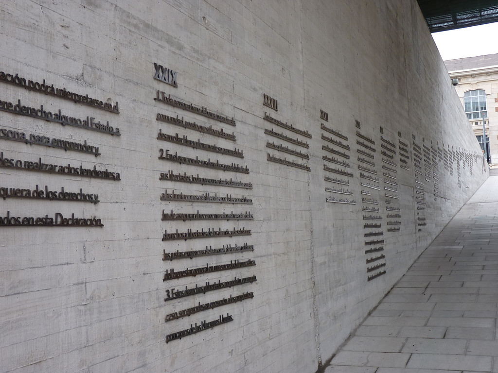 Wall of human rights, outside the Museo de la Memoria.