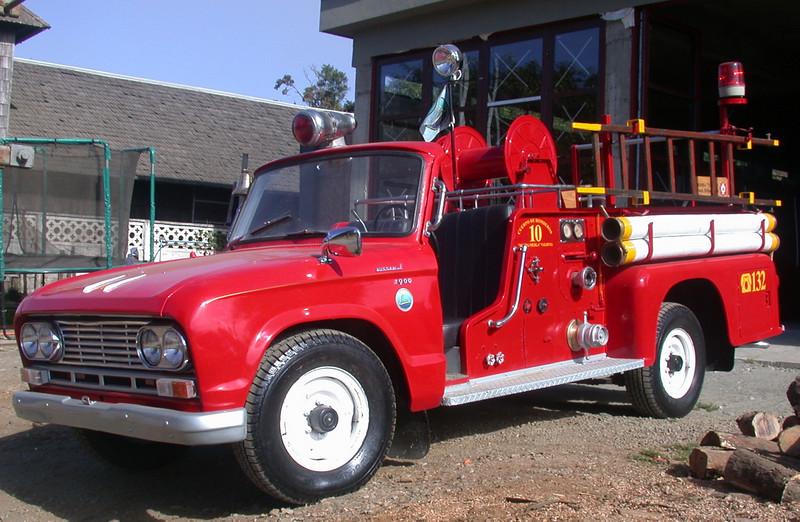 Niebla ~ Restored Fire truck