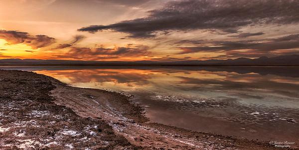 Laguna Tebinquoche sunset