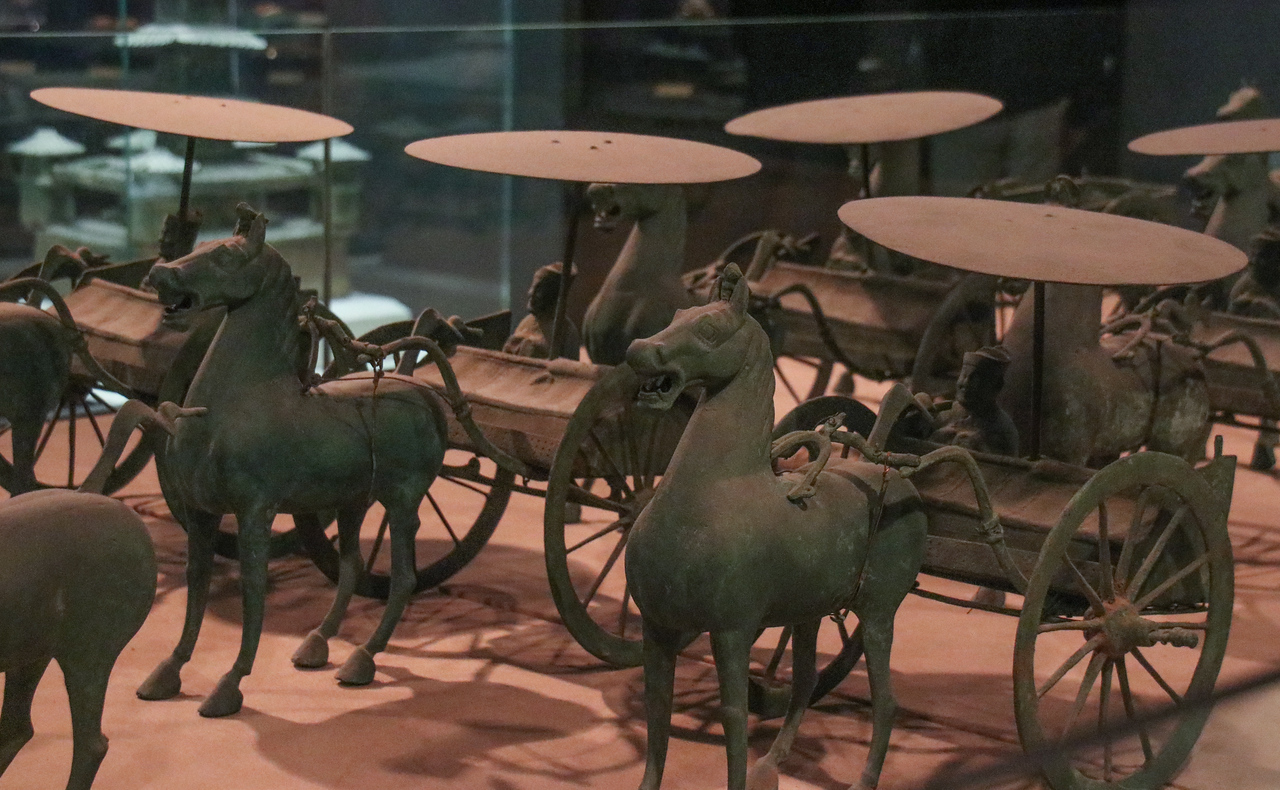 Bronze Honor Guard  of Horses and Chariots