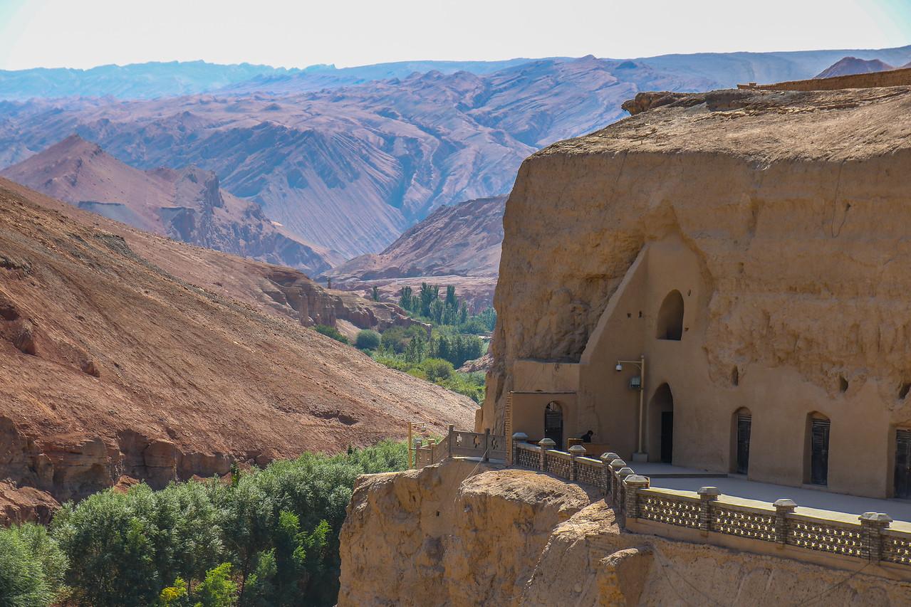 Bezeklik Buddhist Caves (5-14C)