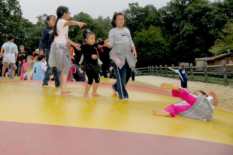 2011 10 01 Yogi Playground (13)