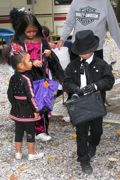 2011 10 01 Yogi Halloween (14)