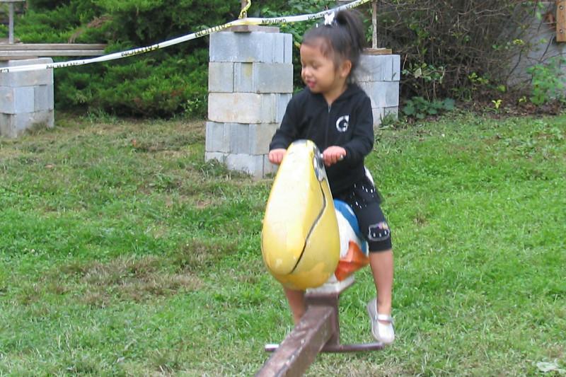 2011 10 01 Yogi Playground (16)