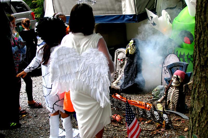 2011 10 01 Yogi Halloween (08)