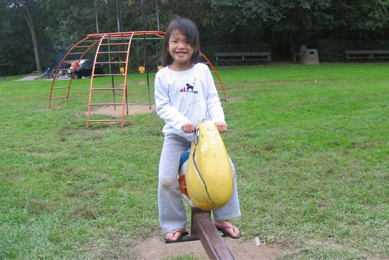 2011 10 01 Yogi Playground (18)