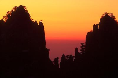 Huangshan sunrise, Anhui Province