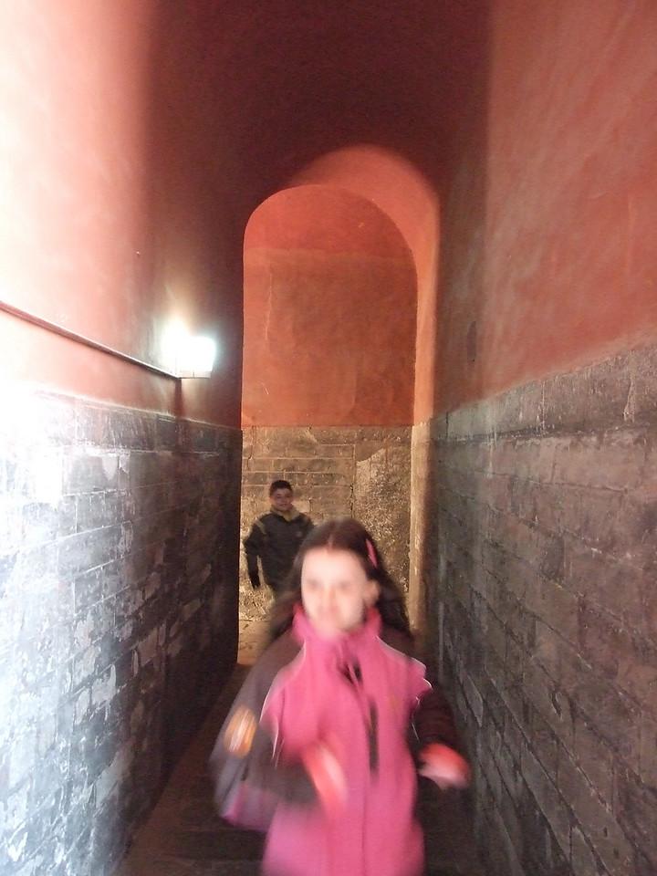 Course dans le couloir