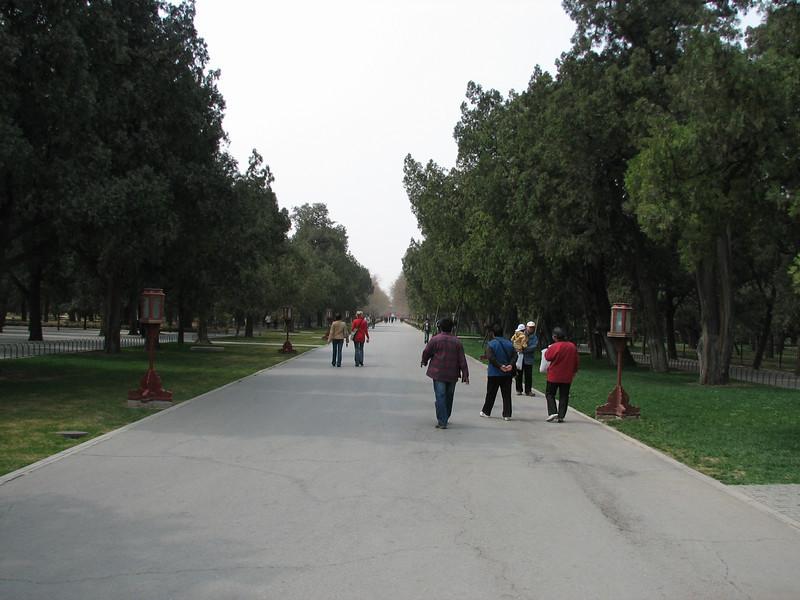 Strolling in Tian Tan Park