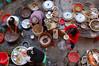 China, Fujian, Hongkeng: Lunchtime at Zhencheng Tulou