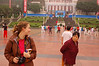 China, Chongqing: Em and Chinese lady exchange glances (friendly?).
