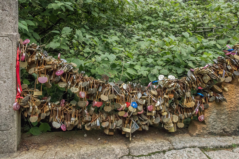 Chinese love locks near the Beihai Hotel, Huangshan National Park, Anhui, China