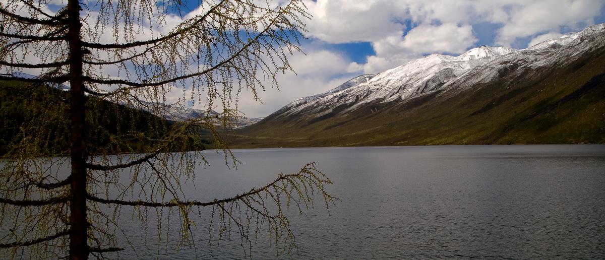 Highland Lake Si Chuan China (60844931)