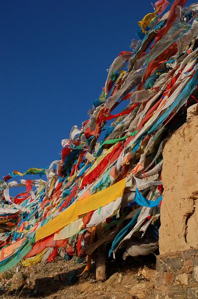 Prayer flags on the upper kora