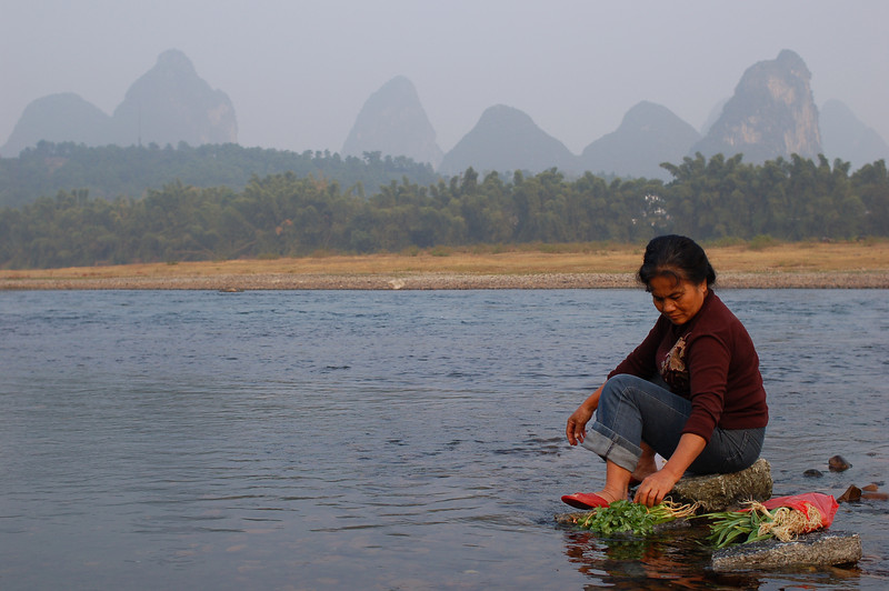Washing vegetables in the Li River