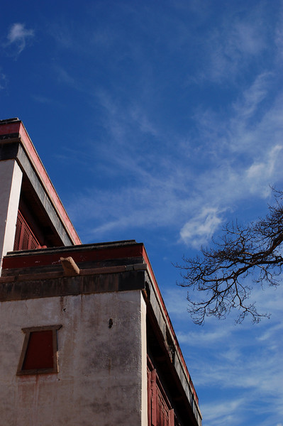Xumifushou Temple: Amazing blue skies