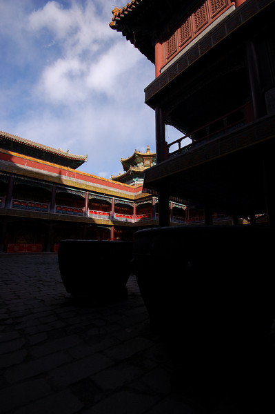 Putuozongcheng Temple: The dark inner courtyards