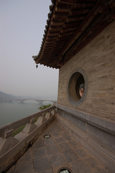 Temple on the banks of the Yi River