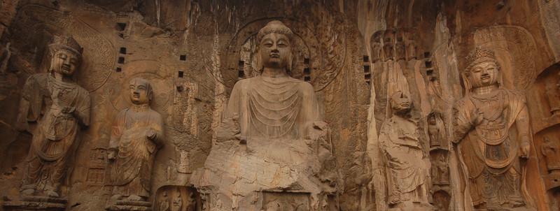 Vairocana and four Bodhisattvas at the Fenxian (Ancestor Worshipping) Temple