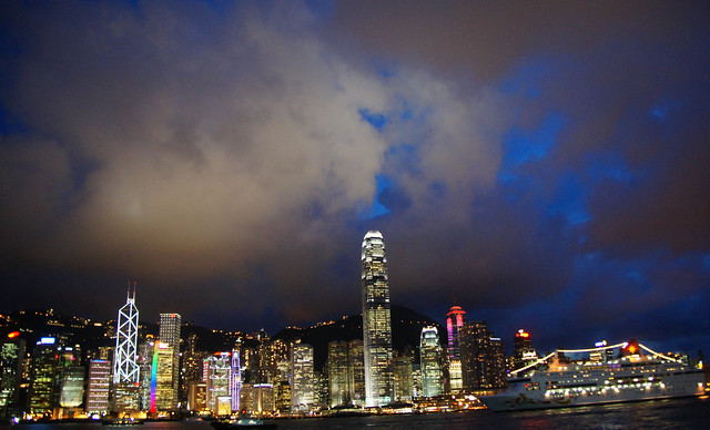Top 5 Places to Visit in Hong Kong by Night