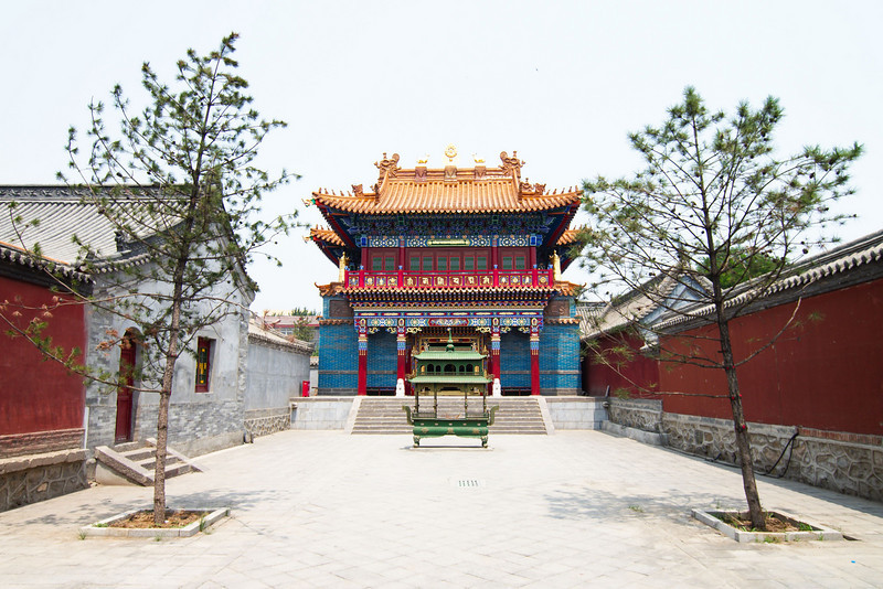 Courtyard fo the Dazhao Temple