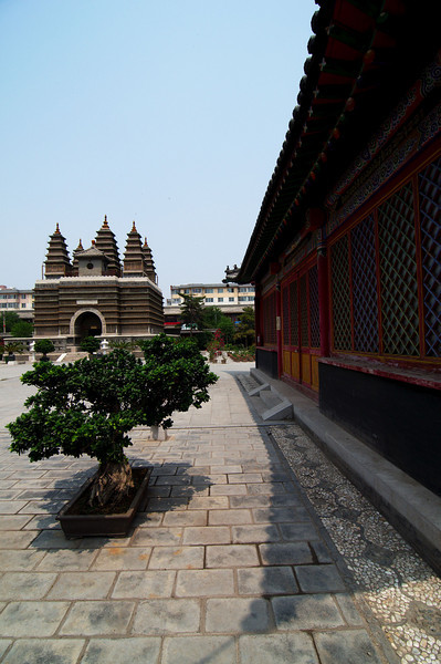 Courtyard of the Five Pagoda Temple