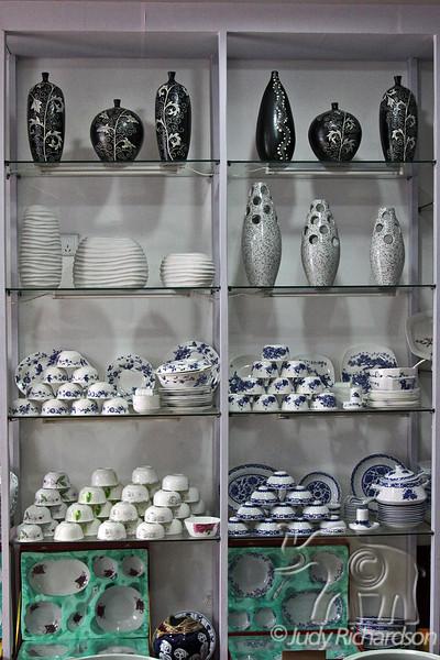 Porcelain shop display