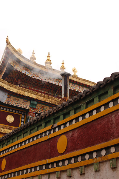 Roof of the Rongwo Gonchen Gompa